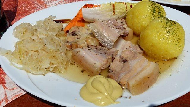 Wellfleisch_Sauerkraut_Klöße